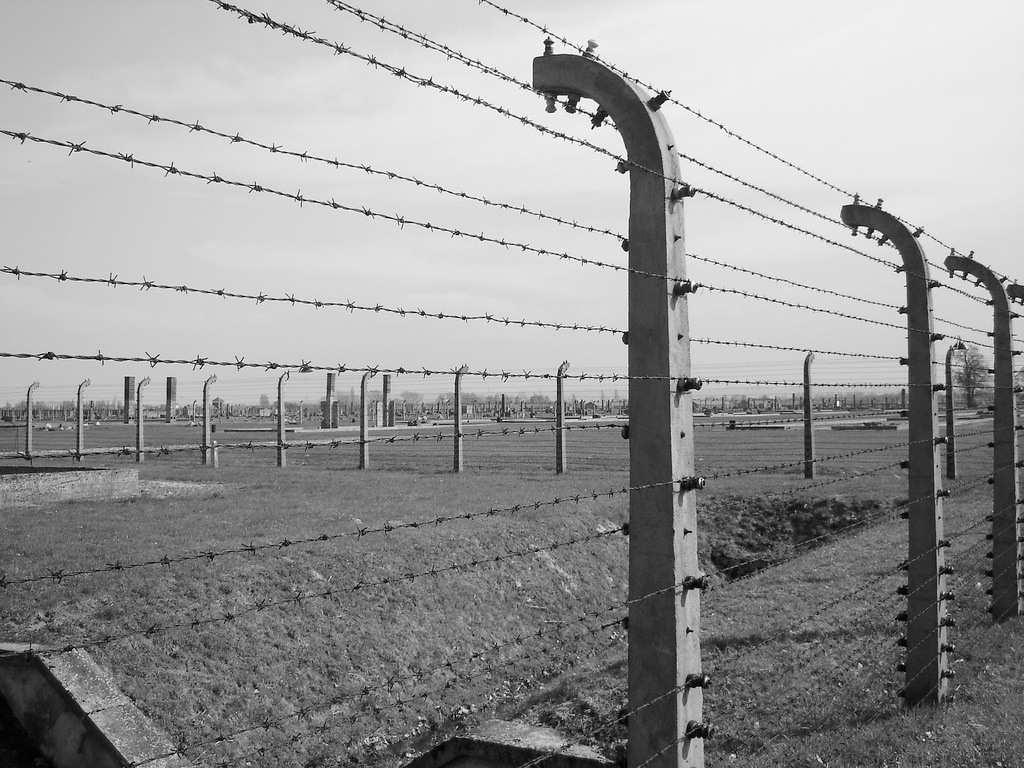 Germania: delitti neo nazisti trascurati per 10 anni