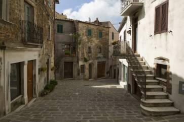 Manciano Grosseto Tuscany Italy   panoramio 4 363x242 - Agriturismi in Toscana: l'ideale per degustare la cucina tipica