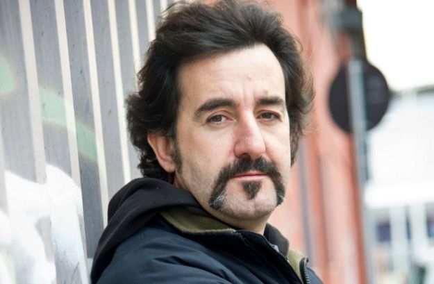"""Padova: Luigi Pelazza delle """"Iene"""" malmenato da cinesi"""