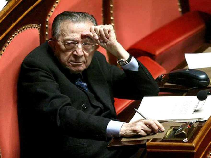 Morto Giulio Andreotti all'età di 94 anni