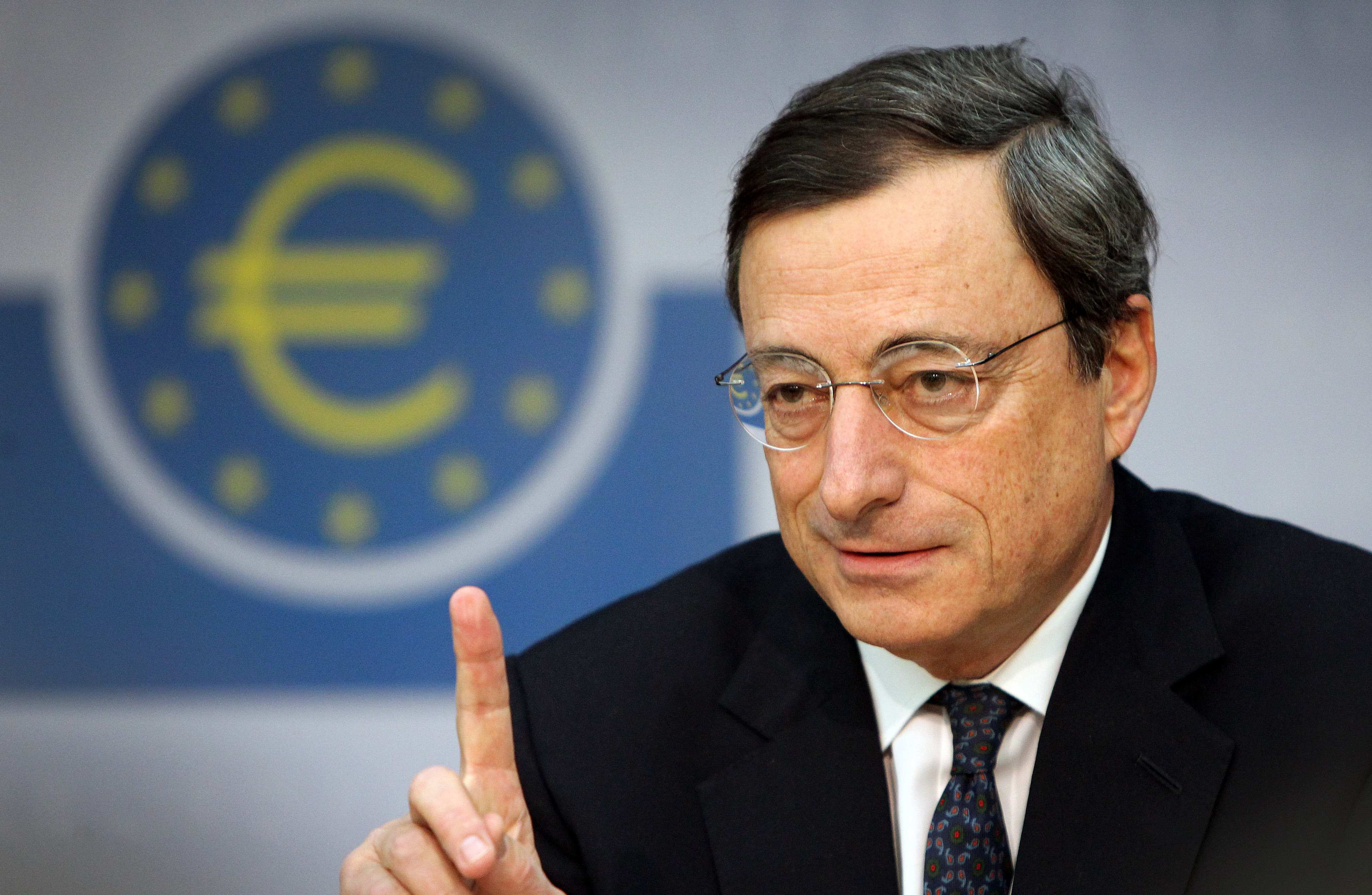 Draghi dito - Draghi: causa disoccupazione si rischiano proteste distruttive