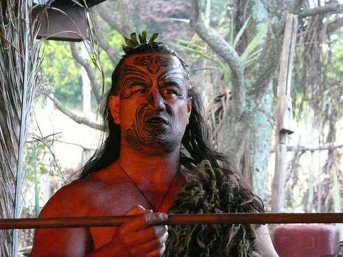 2254172473 42ddb18ee3 - Tatuaggi Maori: il Significato di un rito sacro le foto per una scelta mirata