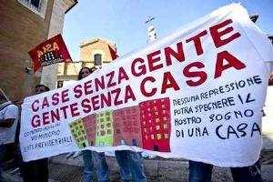 Movimenti per la Casa: corteo a Roma. Blocchi e Scontri in zona Montecitorio.