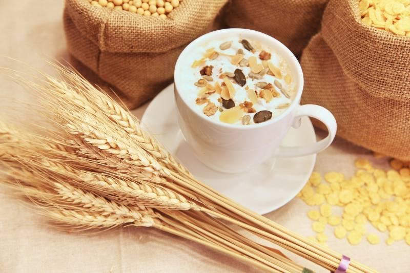 fibre e cereali 800x533 - Stitichezza (Stipsi ): i 5 alimenti da evitare