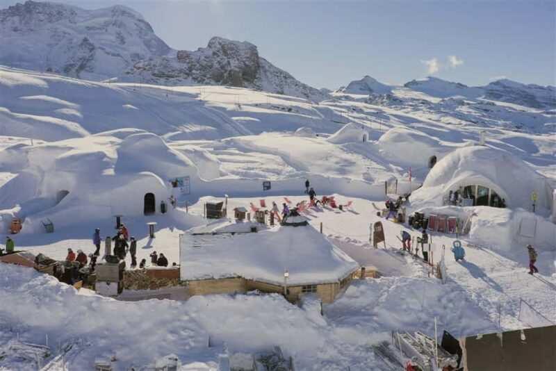 villaggio Igloo in Svizzera Zermatt 800x534 - Regali originali da fare, ecco i più belli