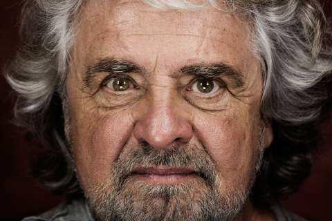 Beppe Grillo: Torna il V-Day a Genova