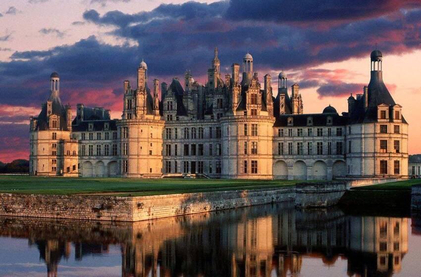 Vacanze in Francia, tra castelli medievali e piatti tipici