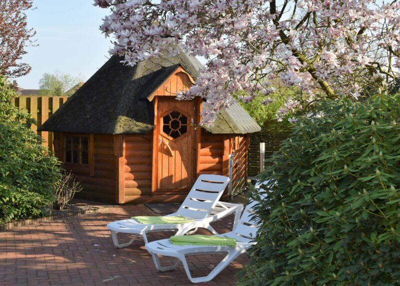 sauna in giardino 800x573 - Le saune come soluzione per la salute della famiglia