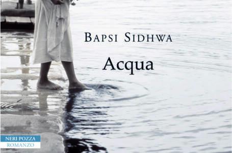 Acqua di Bapsi Sidhwa copertina libro