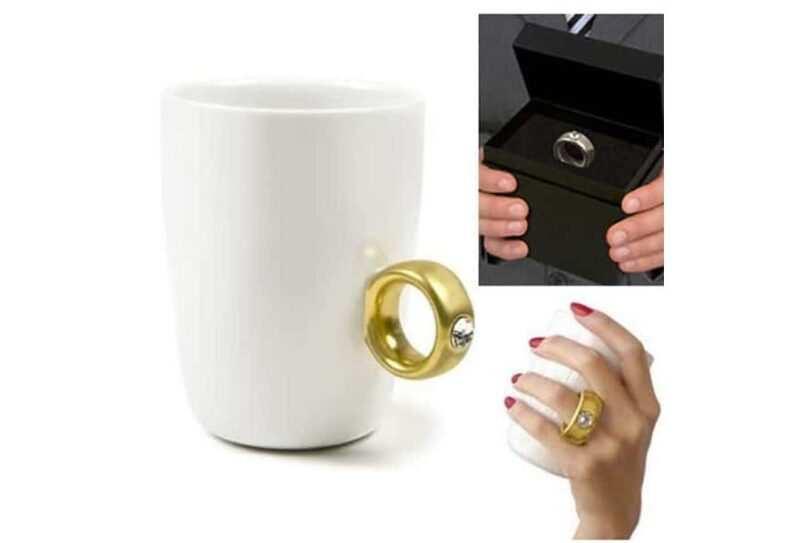 falso anello di fidanzamento 800x543 - Regali di San Valentino, strani e curiosi