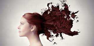L'indigo: tintura naturale per i capelli