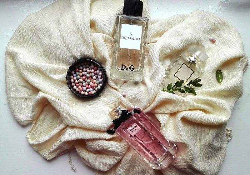 profumi on line 800x560 - Gli italiani acquistano sempre di più profumi e fragranze su Internet