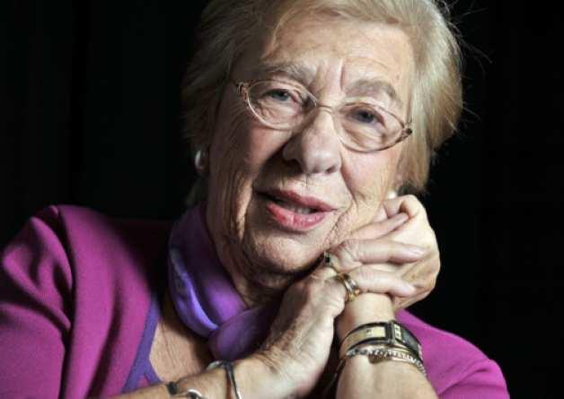 Sopravvissuta ad Auschwitz - Sopravvissuta ad Auschwitz il libro di Eva Schloss