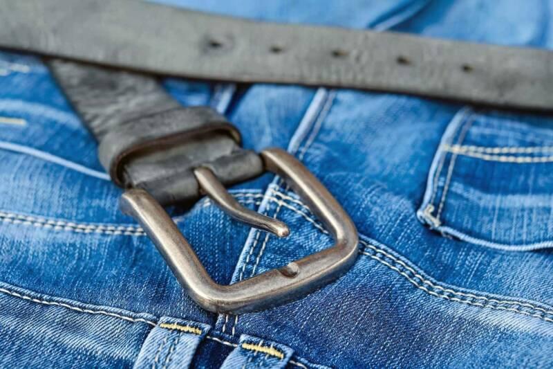 blue jeans 800x533 - I materiali adoperati nella creazione dell'abbigliamento
