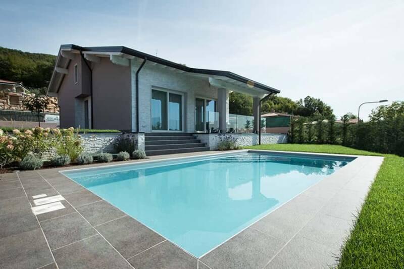 installare piscina interrata 800x533 - Piscina interrata, che cosa sapere prima di installarne una