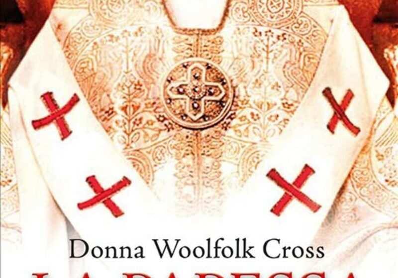 La papessa il libro di Donna Woolfolk Cross – la recensione