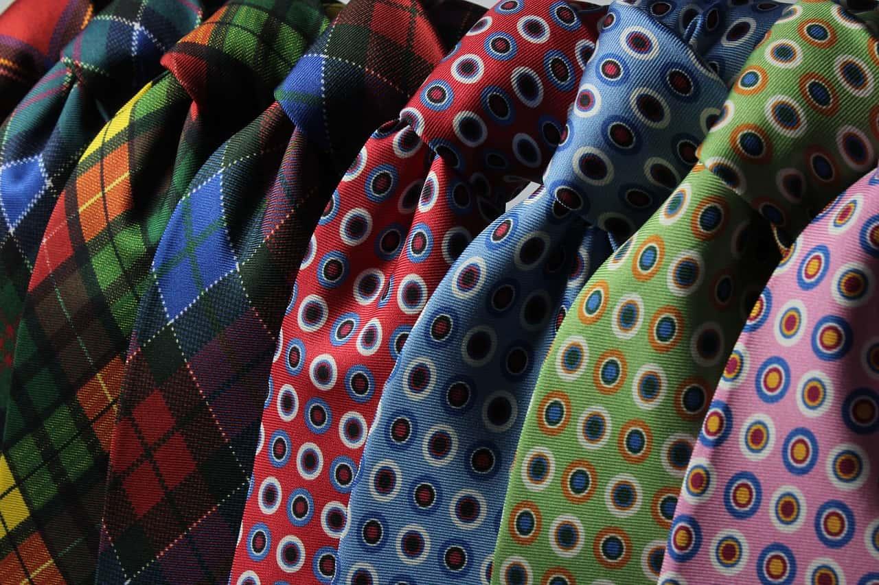 cravatte colorate - Come fare il nodo alle Cravatte da Uomo? Video e foto