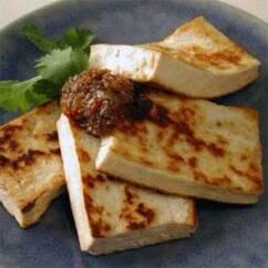 I valori nutrizionali del tofu 3 242x242 - I valori nutrizionali del tofu e le idee per cucinarlo