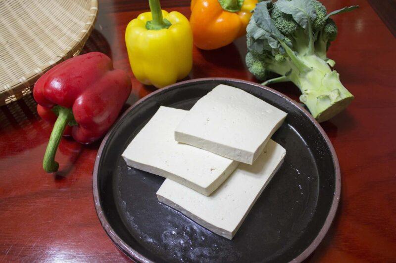 valori nutrizionali tofu 800x533 - I valori nutrizionali del tofu e le idee per cucinarlo