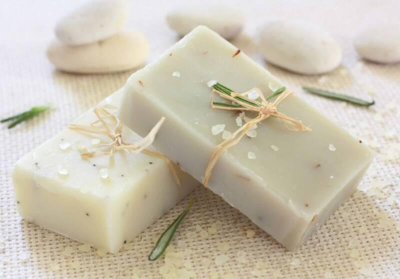 fare il sapone liquido in casa 1 marsuglia 800x559 - Come fare il sapone liquido fatto in casa con prodotti naturali (la guida e video)