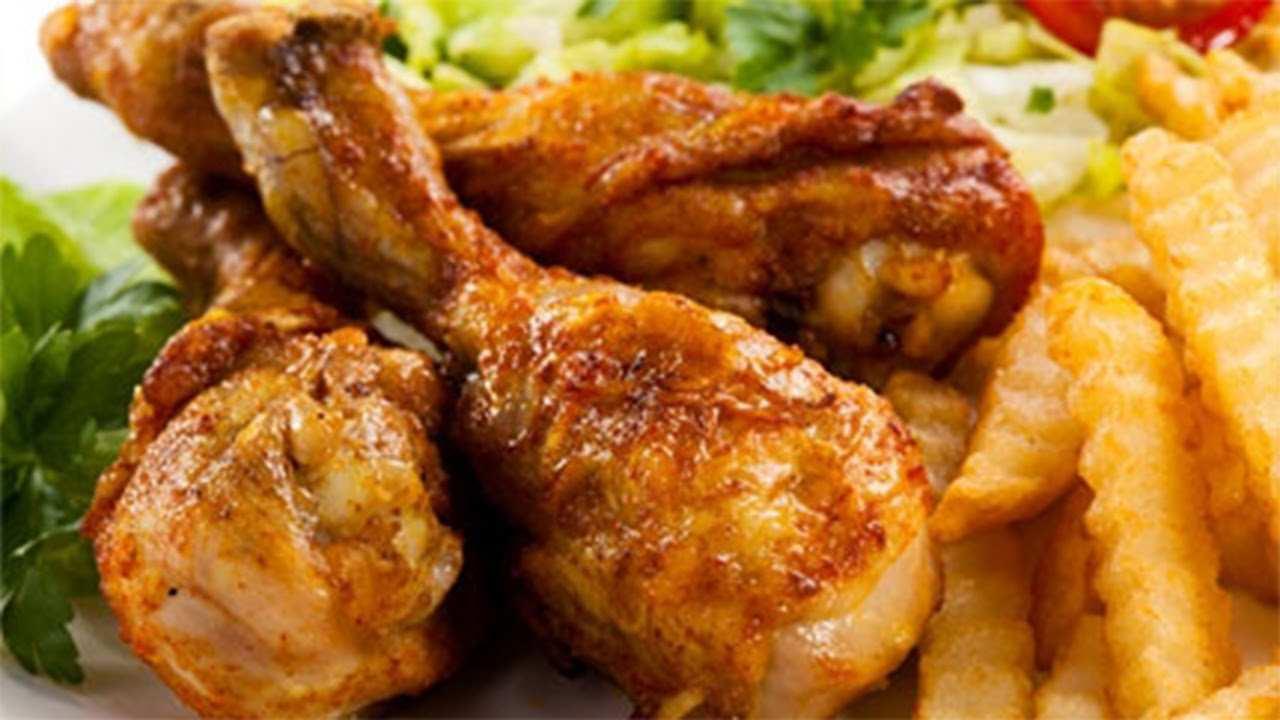 cosce di pollo in padella 3 - Cosce di pollo in padella con salsa di verdure