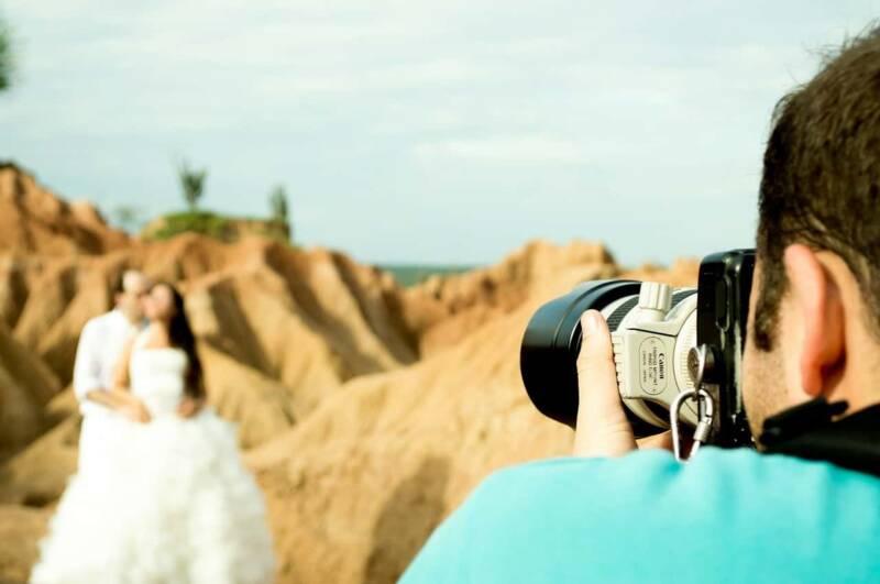 Foto e video di matrimoni 2 800x531 - Fotografo per matrimoni: come trovare il fotografo adatto a te