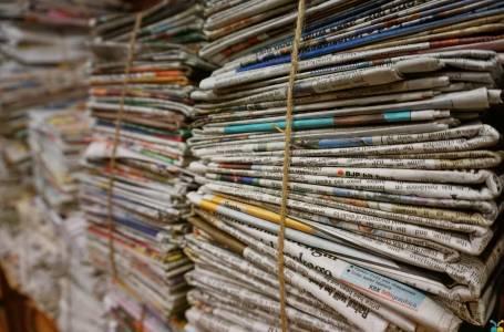 Giornali usati da riciclare
