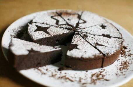 Torta al cioccolato senza uova
