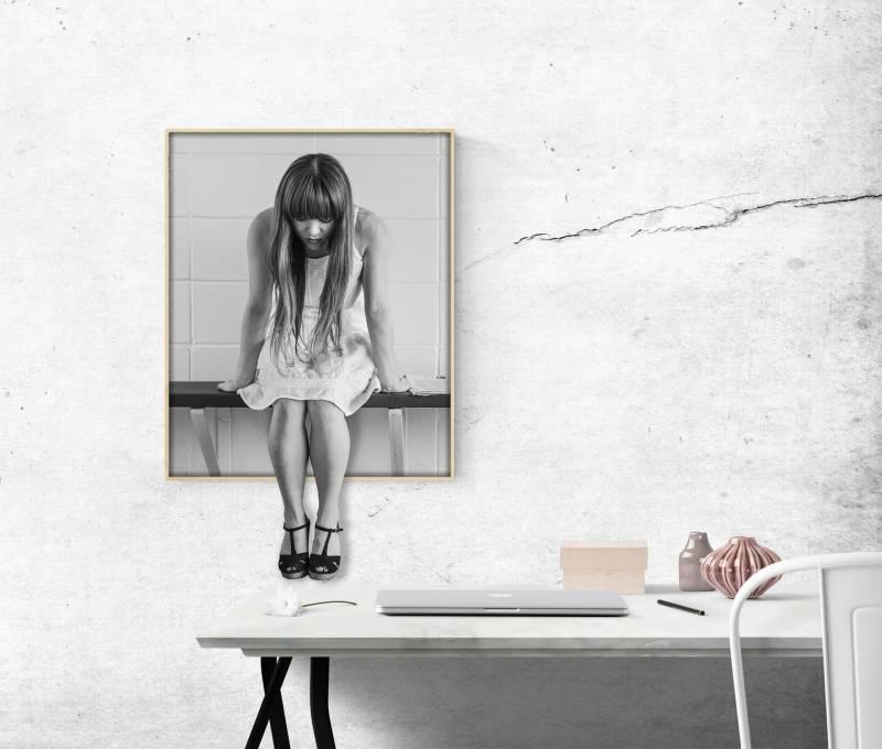 donna sola claustrofobia 800x680 - Claustrofobia: come combatterla disagio e attacchi di panico