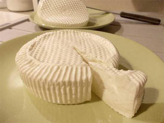 fare il formaggio in casa 1 - Formaggio fatto in casa: tutti i passaggi e i consigli utili, la ricetta
