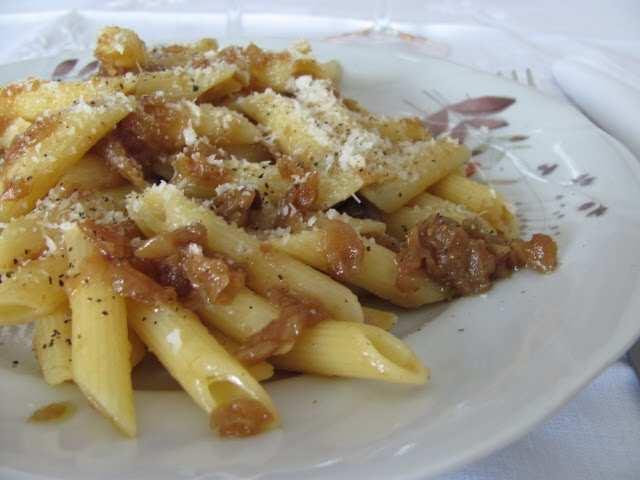 pasta alla genovese - Pasta alla genovese la ricetta tipica napoletana
