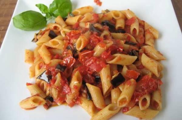 pasta con melanzane2 600x398 - Rete News - News guide e consigli su Cucina, Turismo e tanto altro....