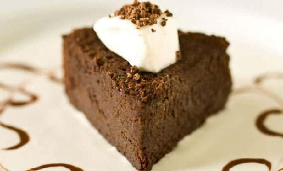 Torta al cioccolato senza cottura 1 - Torta al cioccolato senza cottura