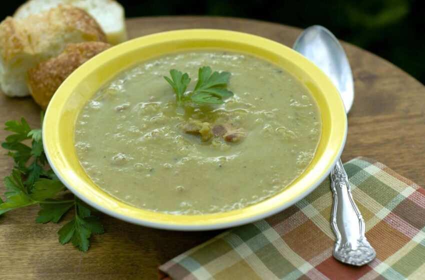 Il macco di fave,  sapori di Sicilia (zuppa di fave secche)