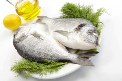 Cena a base di pesce: orata marinata e fritta