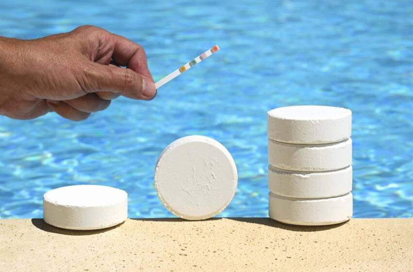 Acqua verde o lattiginosa in piscina? Ecco come risolvere