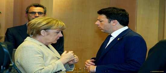 Renzi, Merkel e Hollande a Napoli per decidere sul futuro dell'Europa