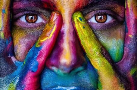 Viso ragazza e colore degli occhi