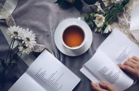 leggere tè e fiori