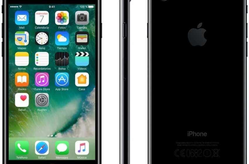 """Iphone 7: ed è già parodia """"amò me presti l'adattatore?"""" (Video)"""