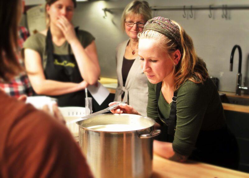 corso cucina 1 800x574 - Corsi di cucina online: possono davvero essere considerati una valida scelta?