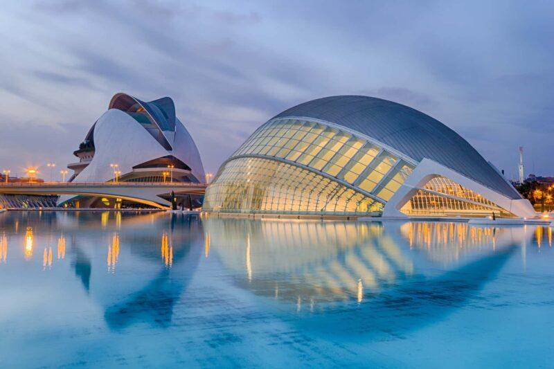 valencia 800x533 - Spagna al top del turismo in Europa