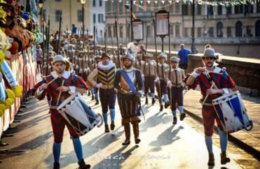 gioco del ponte Pisa 2019 3447 371x242 - Le foto del gioco del Ponte a Pisa 2019