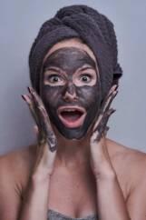 maschere viso per una pelle perfetta 161x242 - Uva: ricette maschere viso per una pelle perfetta
