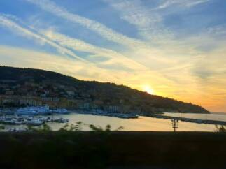 tramonto a santo stefano 323x242 - Una vacanza romantica in Maremma