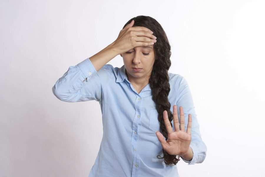 mal di testa come curarlo con le tisane 1 - Mal di testa: ecco come curarlo con le tisane