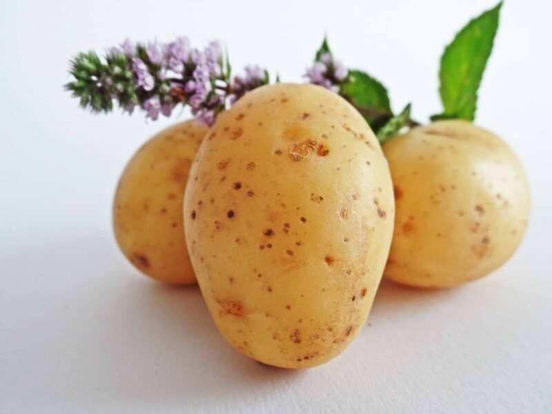 patate usarle come rimedi naturali per la bellezza e la salute scaled 800x600 - Valori nutrizionali delle patate e curiosità