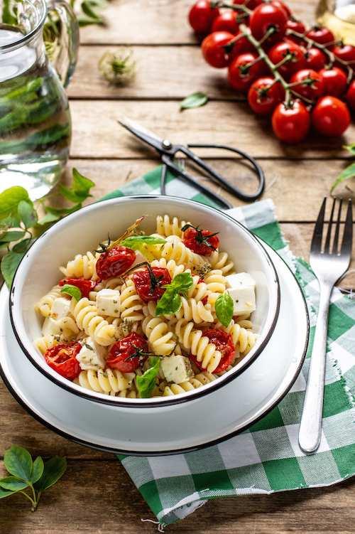 Fusilli pomodorini e feta - World Pasta Day: I 5 step fondamentali per la cottura perfetta della pasta di grano khorasan KAMUT®