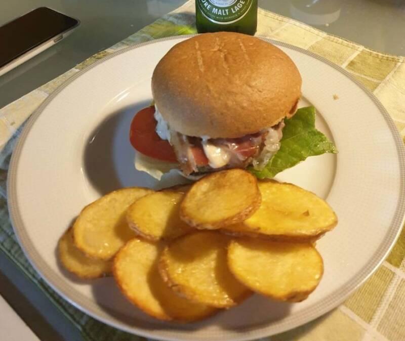 come fare gli hamburger fatti in casa 1 e1573484279825 800x674 - Come fare gli hamburger in casa, tutte le varianti