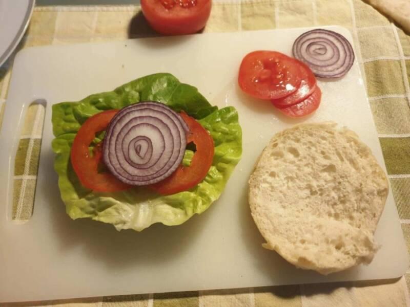 come fare gli hamburger fatti in casa 2 800x600 - Come fare gli hamburger in casa, tutte le varianti